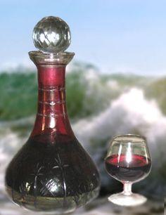 Recette de La troussepinette – Beer brewing equipment – Different types Virgin Cocktails, Homemade Liquor, Cocktail Mix, Brewing Equipment, Craft Cocktails, Beer Brewing, Sangria, Wine Decanter, No Cook Meals