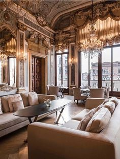 Get inspired by these interior design ideas. Upgrade your home decor! #architecture #design #residentialarchitecture #architecturalstyle #interiordesign #officearchitecture #landscape #urbanism #culturalarchitecture #homedecor #lifestylebyluxxu #lifestylebyluxxu #luxurydesigns #interiordesign #interiordesignideas