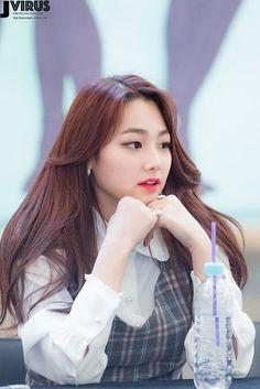 Kpop Girl Groups, Korean Girl Groups, Kpop Girls, Kwon Mina, Kpop Hair, Korean Aesthetic, Ulzzang Couple, Ioi, The Little Mermaid