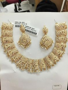 693 new photos · Album by Karan Chauhan Indian Wedding Jewelry, Bridal Jewelry, Beaded Jewelry, Gold Jewelry, Indian Jewelry, Pearl Jewelry, Fine Jewelry, Jewelry Design Earrings, Gold Jewellery Design