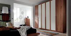 Armario combinado madera y blanco Furniture Design, Divider, Room Decor, Ideas, Perfect Wardrobe, Wooden Cupboard, Decorating Rooms, Trendy Tree, Home