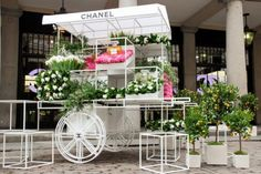 Chanel to offer Bouquet's for Mothering Sunday at Covent Garden Boutique and announces No.5 Exhibition in Paris — Basenotes.net