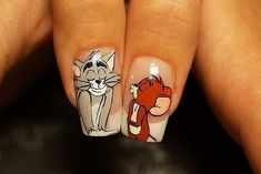 Adorable Tom and Jerry nails :)