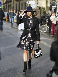 Fresh Outfit Ideas for the Over-30 Set via @WhoWhatWearUK