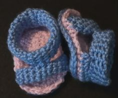 Free Crochet Baby Sandal Pattern with right or left hand video tutorials...these are so sweet!