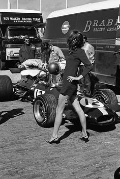thechicane: Legs by Castrol