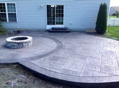 Real Help Custom Concrete Company of Buffalo and Western New York is local, licensed, and insured. We specialize in all flatwork. View our stamped concrete gallery! Concrete Patios, Poured Concrete Patio, Concrete Backyard, Backyard Patio Designs, Fire Pit Seating, Fire Pit Backyard, Outside Patio, Back Patio, Diy Stamped Concrete