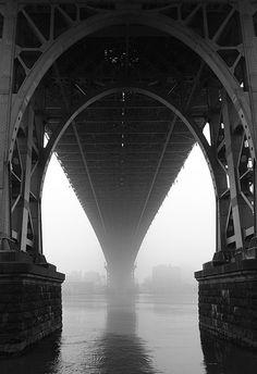 mist under the williamsburg bridge