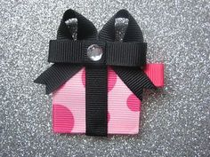 Birthday present ribbon sculpture- Pretty Pink