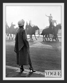 Photographer Norman Parkinson 1949 – High Low Vintage