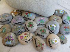 10+kleine+Danke-Steine,+Dankeschön-Steine,+Danke+von+Holz+und+Pinselstrich+auf+DaWanda.com