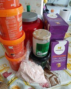 Pasta de amendoim integral, whey protein e aveia sem glúten, óleo de coco e sal rosa. Da pra ficar uns 2 meses suave rs  .. Me Segue Lá ➡️ https://www.instagram.com/glaucomaiasdm/ .. #boatarde #goodafternoon #semglúten #glutenfree #aveia #wheyprotein #pastadeamendoim #óleodecoco #salrosa #saldohimalaia #alimentaçãosaudável #alimentaçãoforte #lowcarb  @glaucomaiasdm