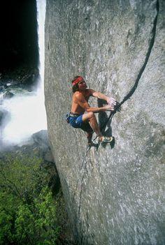 house-under-a-rock:  Ron Kauk on his unrepeated Magic Line (5.14b),Vernal Falls, Yosemite