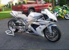 Custom 2005 Yamaha YZF-R1