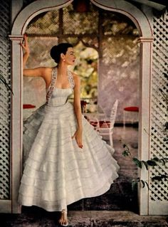 50s elegance... Gorgeous, love the details. Adjust to fit your style.