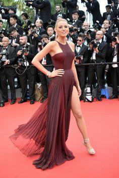 Cannes 2014 - Legyél te is ott velünk a vörös szőnyegen! / JOY.hu Blake Lively Cannes, Blake Lively Dress, Blake Lively Style, Gala Dresses, Red Carpet Dresses, Evening Dresses, Celebrity Red Carpet, Celebrity Style, Blake Lively Wedding