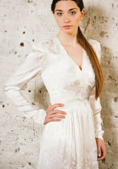 Robe de Mariée vintage ** Vintage Wedding Dress * on Pinterest ...
