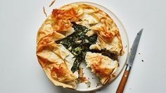 How to Make This Beaaauuutiful Spanakopita Pie. And: how to hide any mistakes with flaky phyllo dough.