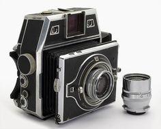 Bertram Camera 2009 6x6 6x9 Xenar 3 5 105 5 5 180