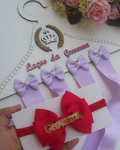 """109 curtidas, 4 comentários - Ateliê da Lih (@atelie_da_lih) no Instagram: """"Aquele pedido todo personalizado pra uma princesinha que está para chegar !  Geovanna ja é  muito…"""" Gift Wrapping, Gifts, Instagram, Little Princess, Princesses, Atelier, Paper Wrapping, Presents, Wrapping Gifts"""