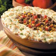 Sometimes I want shepherd's pie, even when it is hot outside. The best shepherd's pie recipe. Beef Dishes, Food Dishes, Main Dishes, Great Recipes, Dinner Recipes, Favorite Recipes, Luncheon Recipes, Yummy Recipes, Dinner Ideas