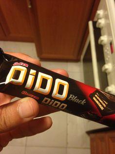 Ülker Dido Black İçindekiler: Şeker, kakao yağı, emülgatör, aroma, buğday unu, fındık, bitkisel yağ, süt tozu, kakao kitlesi, kakao tozu.