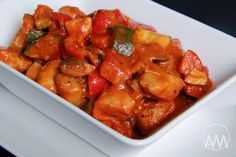V kuchyni vždy otevřeno ...: Červené kuřecí curry se zeleninou a kokosovým mlékem