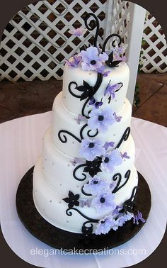 black & purple wedding cake
