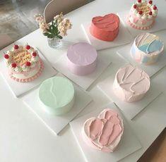 Pretty Birthday Cakes, Pretty Cakes, Cake Birthday, Simple Cake Designs, Korean Cake, Pastel Cakes, Gateaux Cake, Cute Desserts, Just Cakes