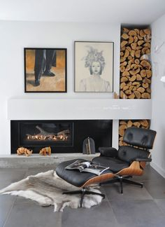 Husband loves the Eames chair.do not own Fireplace and wood storage with Eames lounge chair Interior Design Examples, Interior Design Inspiration, Design Ideas, Interior Ideas, Modern Interior, Room Inspiration, Design Design, Charles Eames, Firewood Storage