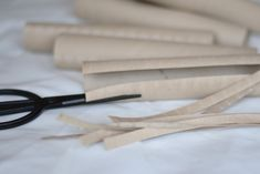 DIY toarulle Grandma Crafts, Making Baskets, Toilet Paper Crafts, Diy Braids, Paper Towel Rolls, Art Lessons, Quilling, Origami, Gardening