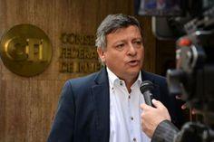 El gobernador Domingo Peppo participa del encuentro de gobernadores, diputados y senadores nacionales justicialistas. Acuerdan la unificación del reclamo de financiamiento para las provincias en el presupuesto nacional.