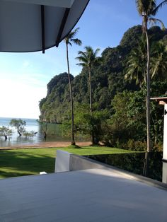 The Beach House Krabi Thailand - a beach front villa for rent daily/weekly Exclusive Management Krabi Riviera Company Ltd.