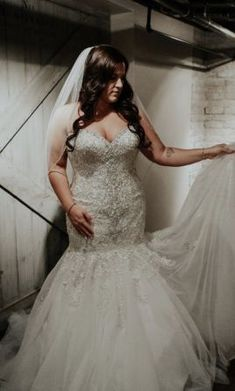 100 Best Wedding Dresses For Sale Images In 2020 Used Wedding Dresses Wedding Dresses Wedding Dresses For Sale