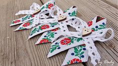 Dadyart / Svadobné pierka - FOLKY Special Occasion, Diy And Crafts, Christmas Ornaments, Holiday Decorations, Wedding, Valentines Day Weddings, Christmas Jewelry, Weddings, Christmas Decorations