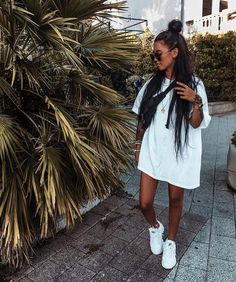 ✯ Find more black outfits, cute outfits and pretty dresses, clothing drawing and mens clothing. Another clothing storage, skinny jeans and informal dresses Mode Outfits, Trendy Outfits, Fashion Outfits, Black Outfits, Fashion Pants, Workwear Fashion, Womens Fashion, Fashion Blogs, Sport Outfits