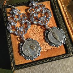 Hey, I found this really awesome Etsy listing at https://www.etsy.com/listing/207912986/antique-rhinestone-assemblage-earrings