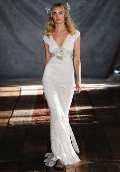 """Claire Pettibone Announces Budget-Conscious Collection """"Romantique - Wedding Gown"""