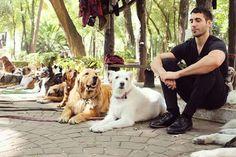 Miguel Angel, Angel Silvestre, Handsome, Dogs, Animals, Leo, Velvet, Animales, Animaux