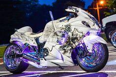 Can dig it Futuristic Motorcycle, Futuristic Cars, Motorcycle Bike, Motorcycle Quotes, Custom Street Bikes, Custom Sport Bikes, Cool Motorcycles, Triumph Motorcycles, Sportbike Motorcycles