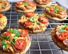 Veganmisjonen: Minipizzaer med tomat- og bønnefyll
