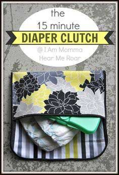 DIY Baby Gifts - Diaper Clutch - Homemade Baby Shower Presents and Creative, Cheap Gift Ideas for Boys and Girls - Unique Gifts for the Mom and Dad to Be - Blankets, Baskets, Burp Cloths and Easy No Sew Projects Baby Sewing Projects, Sewing For Kids, Sewing Hacks, Sewing Tutorials, Sewing Crafts, Sewing Patterns, Sewing Ideas, Sewing Tips, Purse Patterns