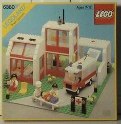 Lego 6380 - Emergency Treatment Center - 1987