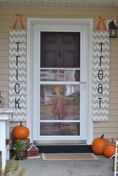DIY: Trick & Treat chevron Halloween banners!