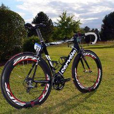 Cervelo bike. Holy Zipps!!