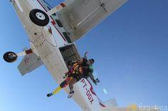 Primeiro momento do salto de paraquedas em Resende