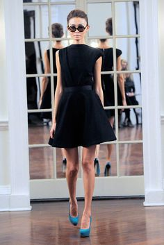 Victoria Beckham - Fall 2010 Ready-to-Wear