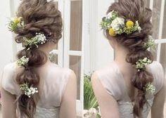 Wedding Notes, Makeup Rooms, Hairspray, Bride Hairstyles, Hair Designs, Headdress, Flowers In Hair, Bridal Style, Wedding Bells