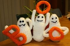 Once Upon a Family: Crochet Halloween Boo Ghosts