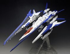 [WORK REVIEW] P-Bandai MG 1/100 00 XN RAISER [Gundam 00V] painted build (Many Images) | GUNJAP
